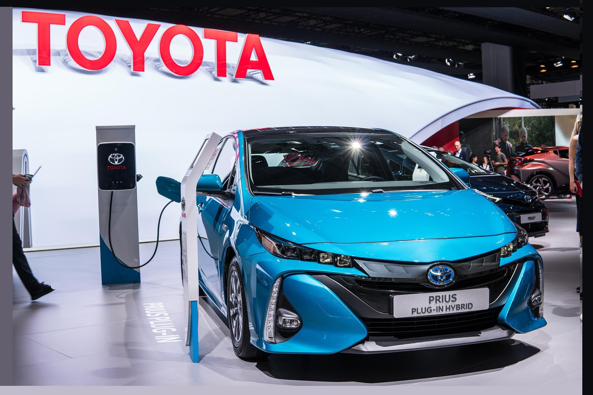 Toyota Promises Cheaper Electric Car Motor Magnets Within A Decade