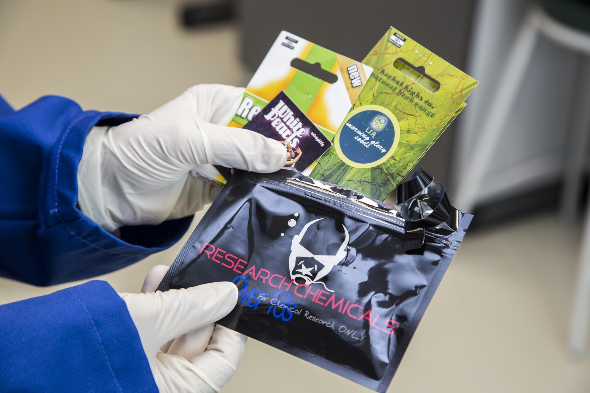 The rising tide of 'legal highs'   Feature   Chemistry World