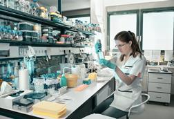 Picture of a female researcher working in a laboratory