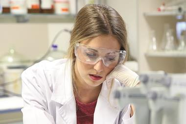 1117CW - Careers leader - Researcher in lab