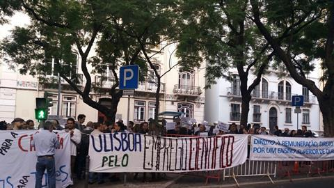 Portuguese science protests