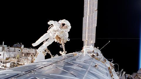 Astronaut Robert L. Curbeam mission specialist participates in the second of three STS-98 sessions of extravehicular activity