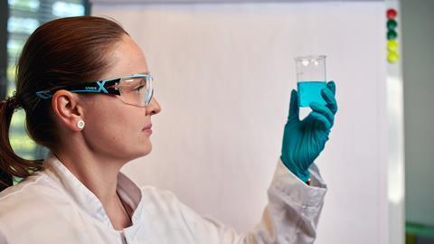 Siiri Viljanen in the lab