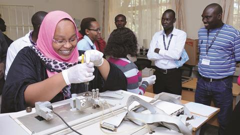 0318CW - The Insider - Analytical chemistry training partnership (PACN-GSK) in Kenya 2017 - HERO