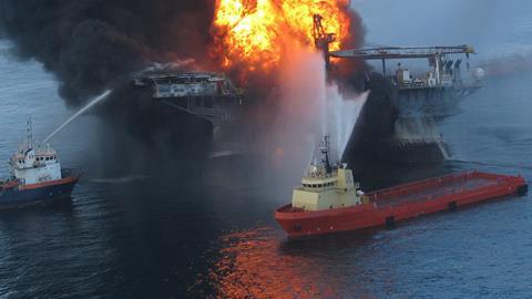 Deepwater horizon explosion - Hero