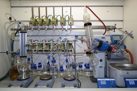 A photograph showing one Chemputer setup