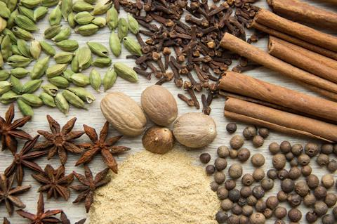 Herbs and spices for making mulled wine