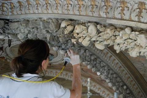 Restoring stucco
