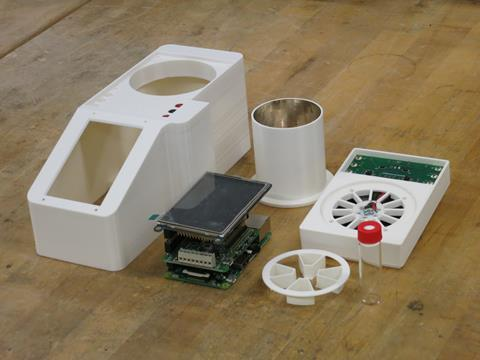 3D printed parts for photoreactor construction