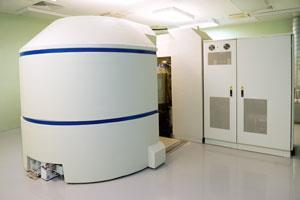 cyclotron_radioisotope-synthesis_shutterstock_350