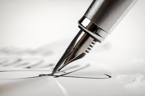 Fountain pen nib, writing