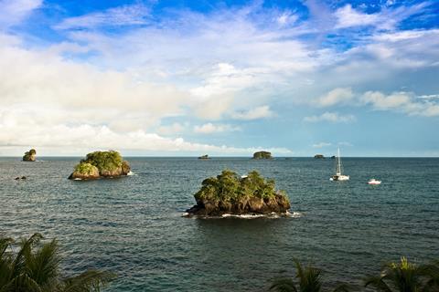 Pearl islands off the coast of Pedro Gonzalez island in Las Pearlos, Panama