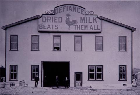 Joseph Nathan's milk drying factory in Bunnythorpe, New Zealand, around 1904