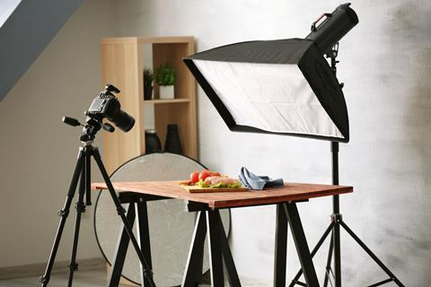 Set up of lighting and photography