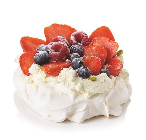 Fruit and meringue Pavlova