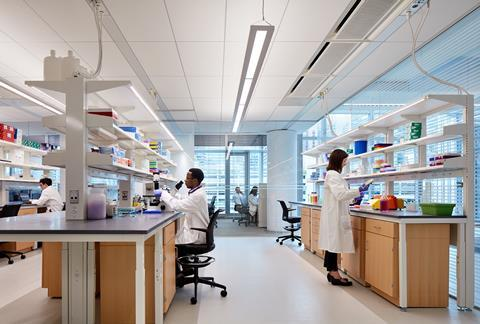 An image showing a laboratory inside the Simpson Querrey Biomedical Research Center