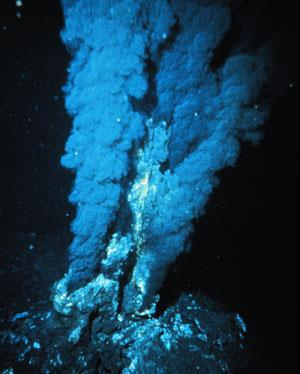 hydrothermal-vent-300
