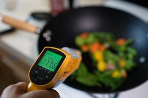 Measuring the temperature of cooking food
