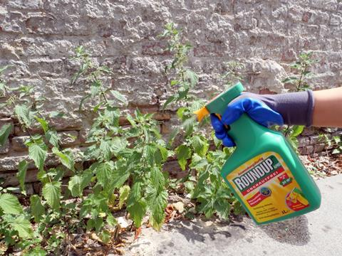 An image showing the Roundup herbicide