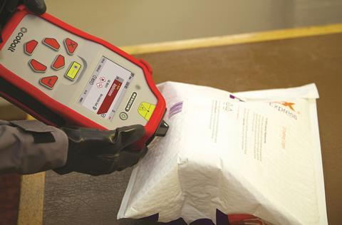 Resolve handheld spectrometer