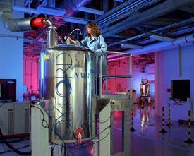 FEATURE-NMR-machine-275