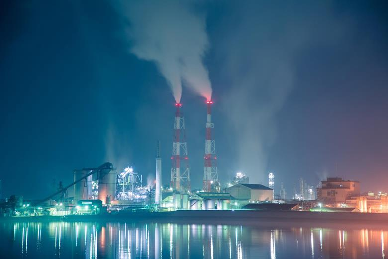 US plants cut toxic fumes by 56% since 2005   News   Chemistry World